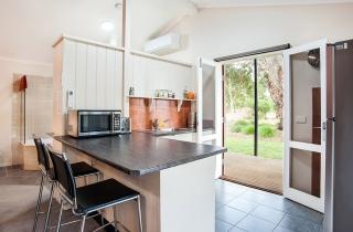 studio-spa-cottage-3